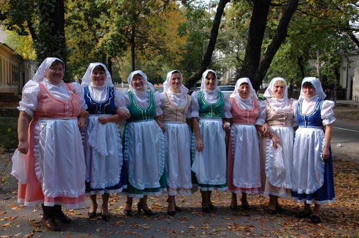 http://festival-druzba.com.ua/wp-content/uploads/img/ch.JPG