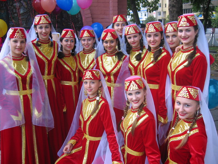 http://festival-druzba.com.ua/wp-content/uploads/img/guldeste%202.JPG