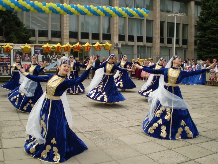 http://festival-druzba.com.ua/wp-content/uploads/img/guldeste.JPG