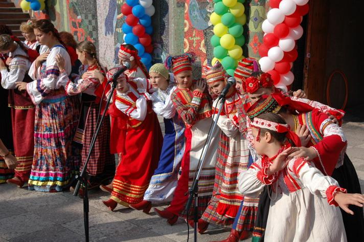 http://festival-druzba.com.ua/wp-content/uploads/img/kalinka.JPG