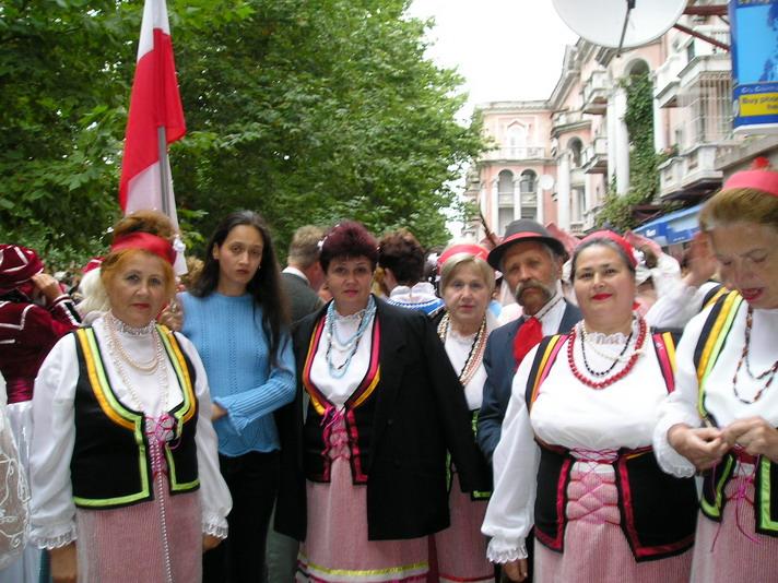 http://festival-druzba.com.ua/wp-content/uploads/img/polyaki.JPG